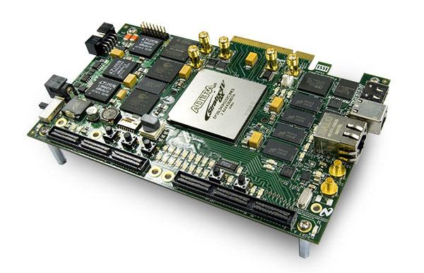 Altera Stratix IV GX FPGA Development Kits